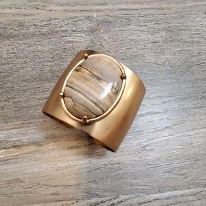 Neutral stone cuff